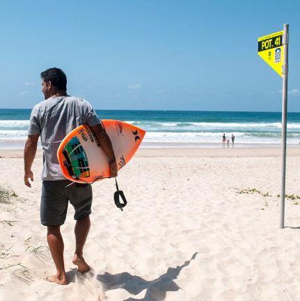 Surf – Quiksilver Pro : Michel Bourez s'arrête au round 2.