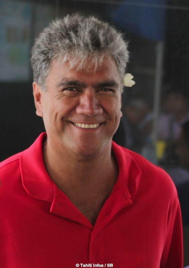 Gordon Barff, chef de mission