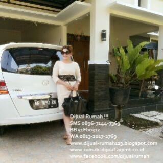 En Indonésie, maison à vendre clé et... femme en main