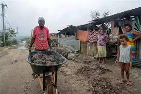 """Cyclone au Vanuatu: les Seychelles appellent le monde """"à se réveiller"""" sur le changement climatique"""