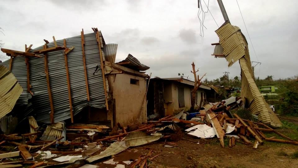 Cyclone tropical Pam : mise en place d'un pont aérien vers Port-Vila