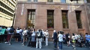 File d'attente pour le café de Sydney théâtre d'une prise d'otages