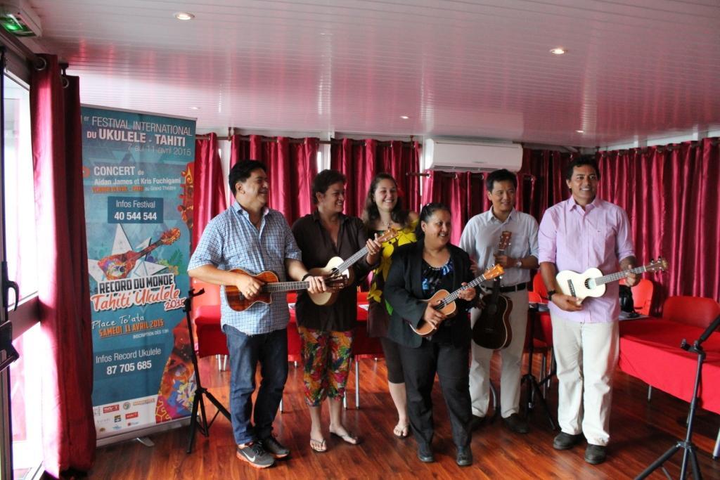Les membres du comité organisateur du Festival international du 'ukulele souhaitent que cet événement soit « historique ».