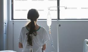 Fin du délai de réflexion pour l'IVG : des réactions aux antipodes