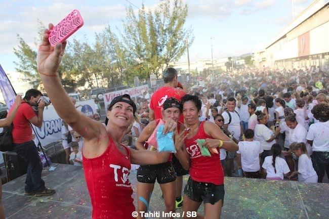 Course à pied – 'Color Fun Run' : Des miss, du fun et des couleurs pour une course sans chrono. (& Diaporama)