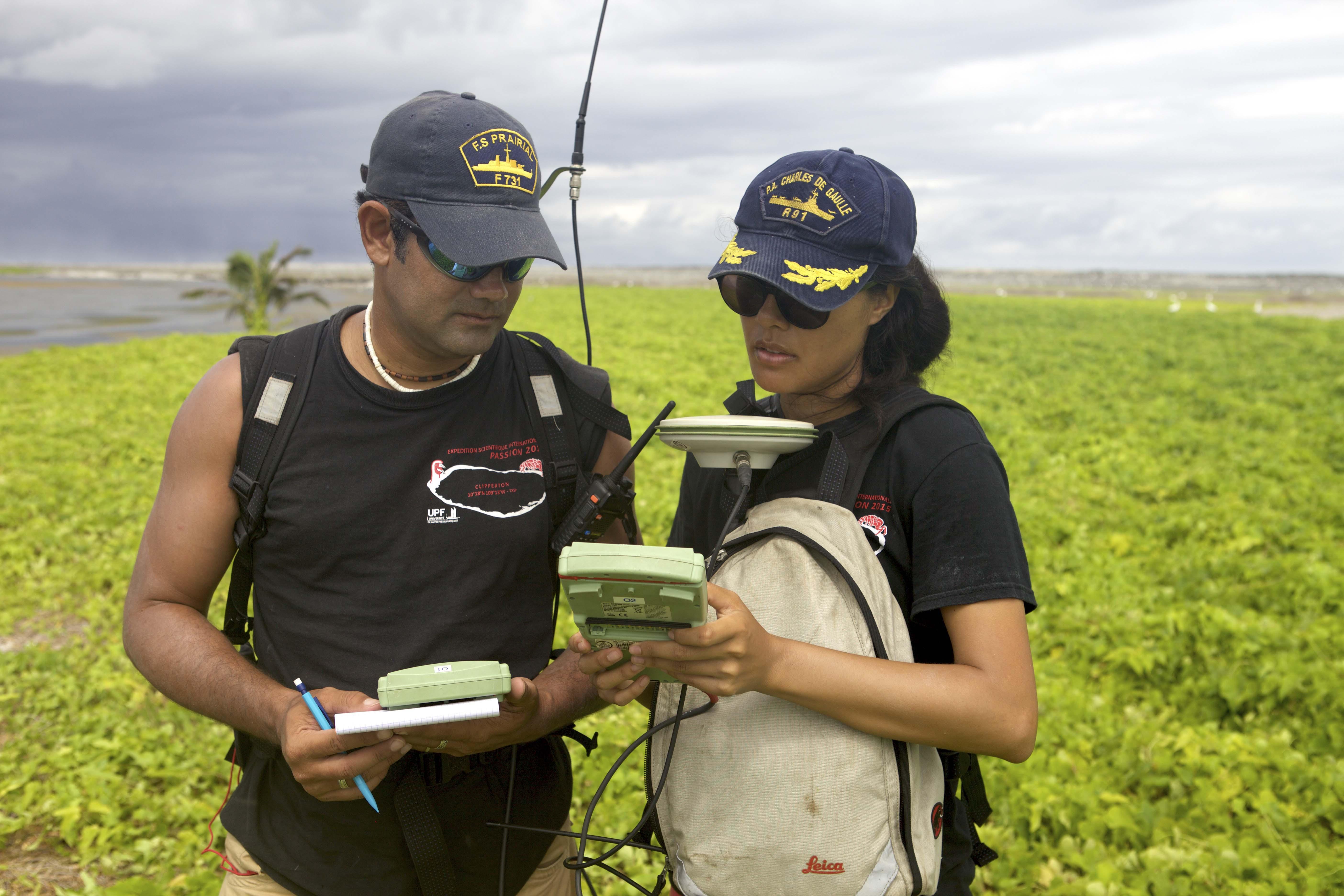 Plus de 50 000 points GPS du relief de l'île ont été établis pour réaliser un  modèle numérique de terrain (MNT), une carte des reliefs.
