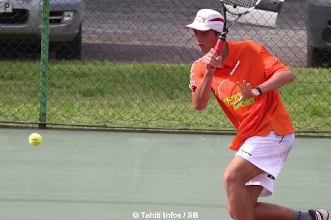 Heve a tout pour réussir dans le tennis.