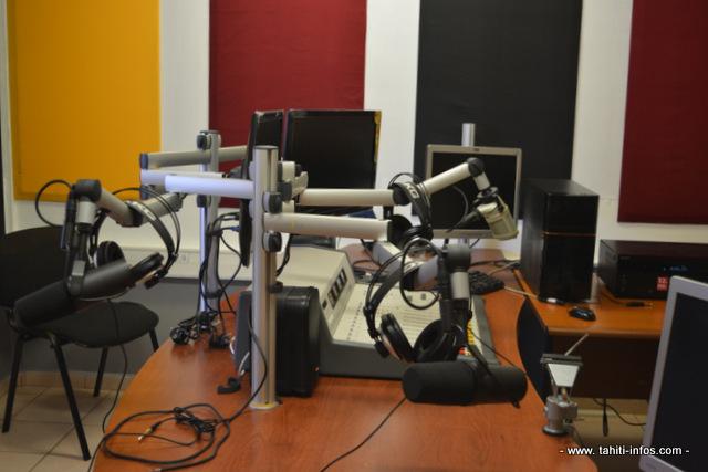 Le nouveau studio Rire & Chansons.
