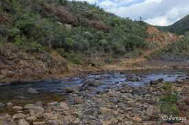 A Kouaoua en Nouvelle-Calédonie, le nickel bouche rivières et horizons