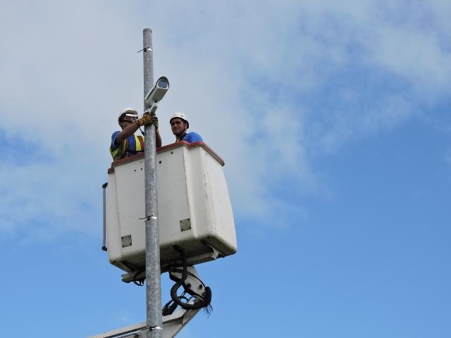 Treize caméras seront installées le long des principaux axes routiers.
