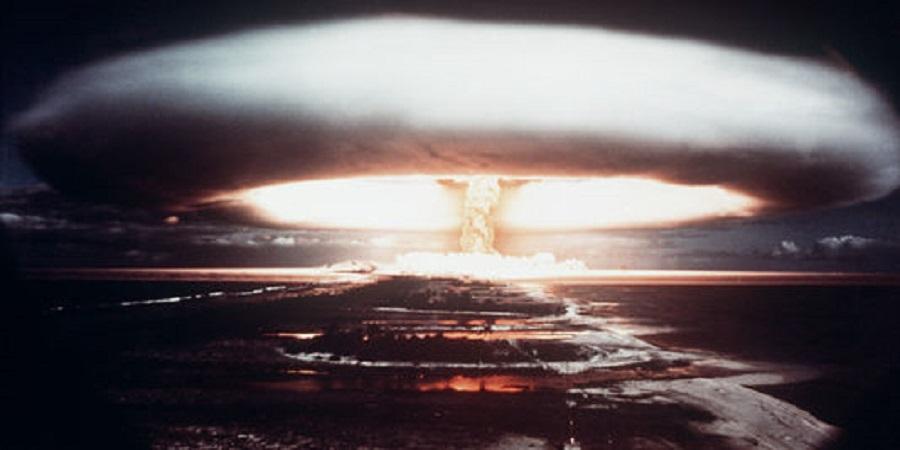 Un essai nucléaire à Moruroa en 1971 (Photo AFP).Entre 1966 et 1996, 193 essais nucléaires (atmosphériques, de sécurité et souterrains) ont été réalisés en Polynésie française.