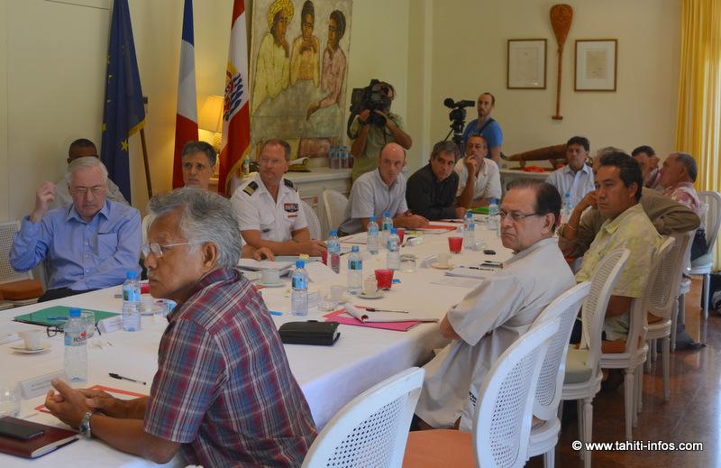 Durant la réunion de la commission d'information sur les anciens sites nucléaires. 21 personnes sur les 27 qui composent cette commission étaient présentes.