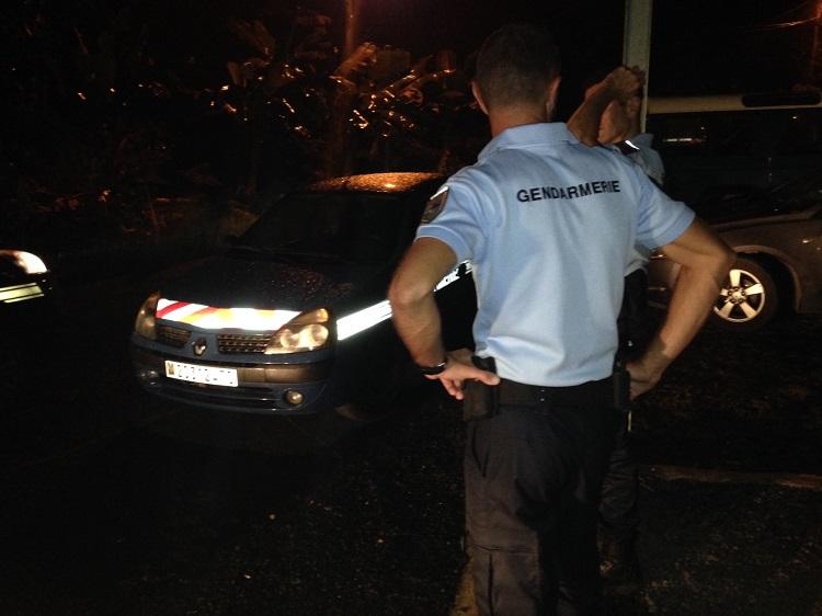 """A proximité de la prison de Nuutania lundi soir, la circulation était interdite le temps que les négociations entre les autorités et les quatre """"mutins"""" aboutissent."""