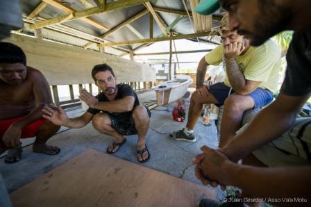 Projet Va'a Motu : la pirogue se met à l'eau