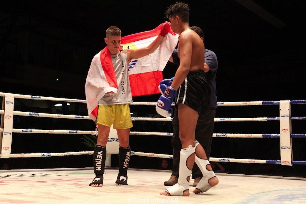 Kalani Kavera a remporté son combat par décision de l'arbitre