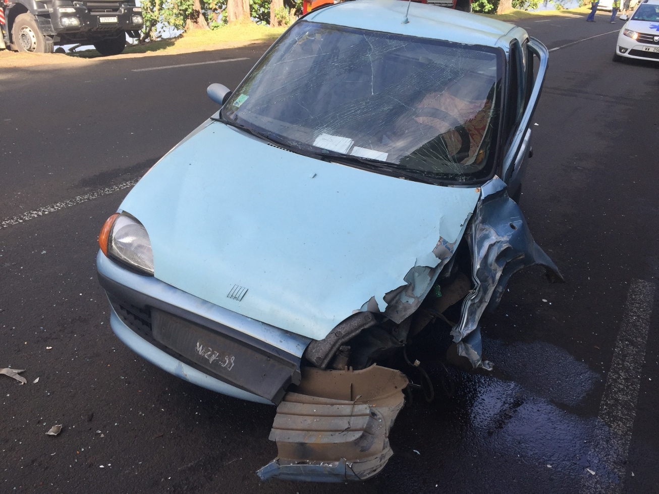 Taravao : Il vole un véhicule avec un enfant à bord, des témoins empêchent sa cavale