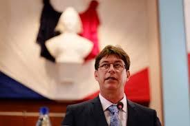 Nouvelle-Calédonie : Thierry Santa (Les Républicains) élu président du Congrès
