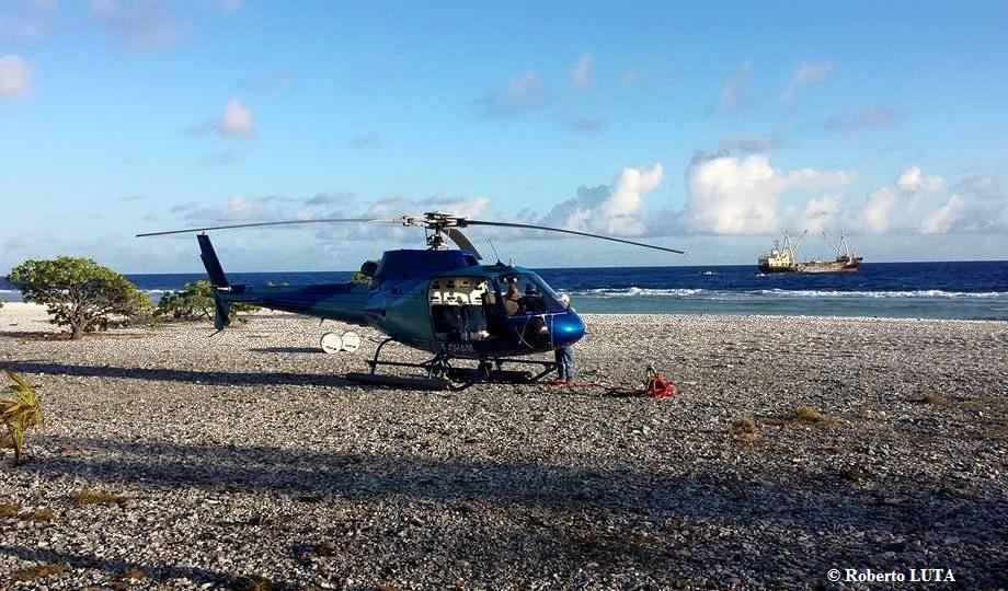 préparation de l'hélicoptère (Roberto Luta)