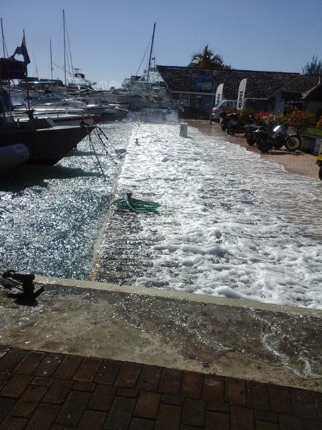 La marina Taina de Punaauia s'est retrouvée les pieds dans l'eau.