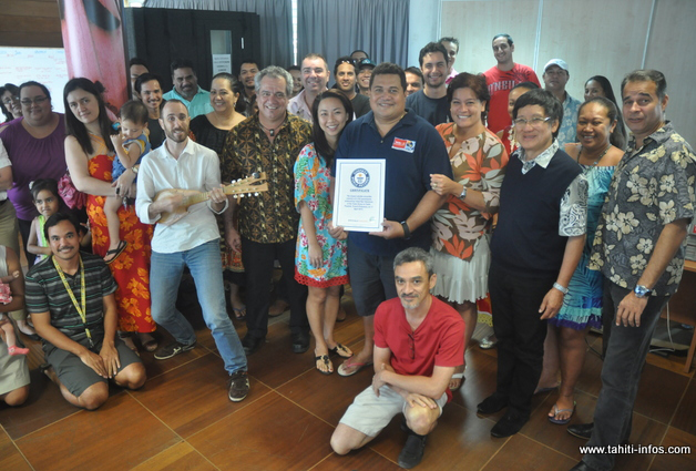 L'ensemble des salariés de TNTV ont célébré l'évènement ce vendredi