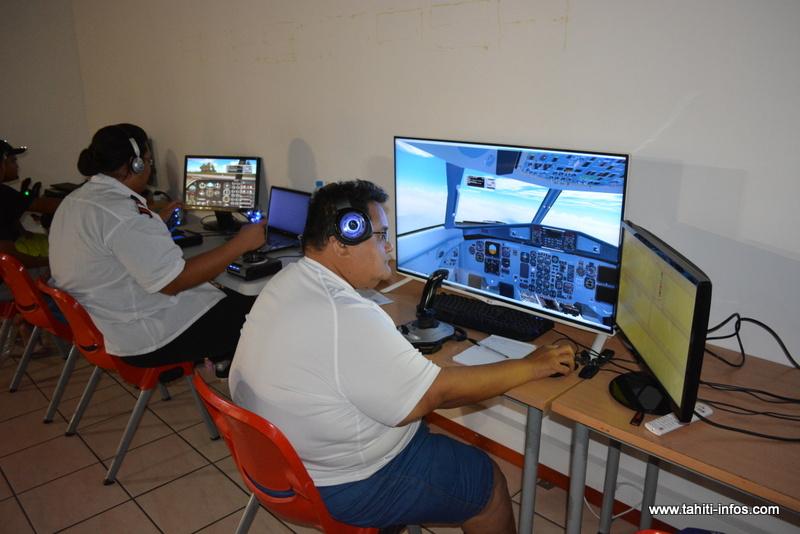 Tinomana au milieu de son vol Moorea – Bora Bora de 45 minutes.