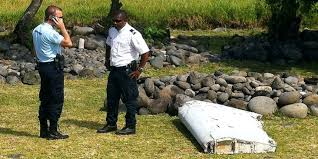 """Découverte de débris d'avion à La Réunion: """"un développement très important"""", pour l'Australie"""
