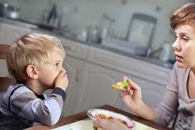 USA: les enfants difficiles sur la nourriture davantage sujets à des troubles émotionnels