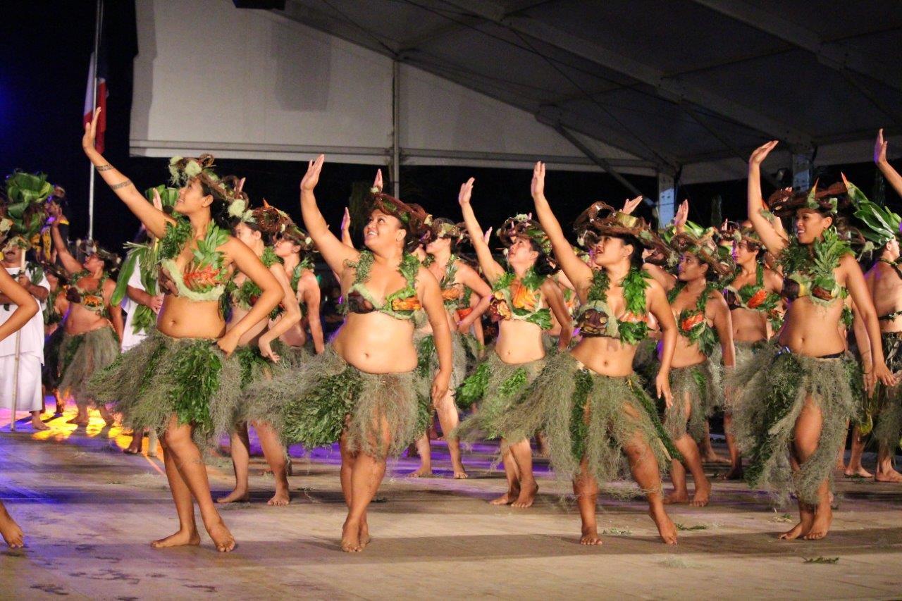 La troupe de Toahotu Nui, 1er en catégorie Hura Ava Tau a présenté son spectacle, samedi soir devant un public conquis