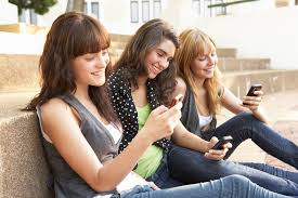 Plus de la moitié des adolescents américains se font des amis sur internet