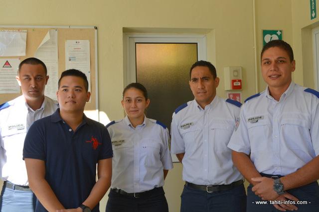 Quelques-uns des lauréats polynésiens du concours national de gardiens de la paix de la police nationale. Dans quelques semaines ils vont quitter Tahiti pour rejoindre l'école nationale de police de Nîmes.