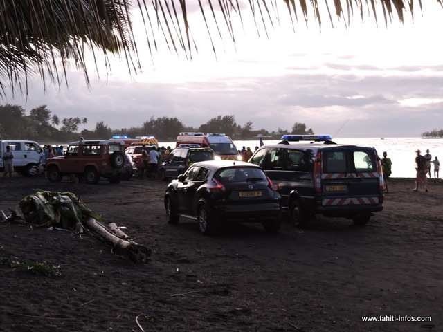 Il devait être environ 17 heures, lorsque les pêcheurs ont retrouvé les corps, selon les témoignages