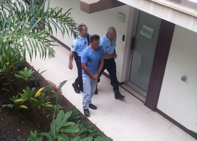 Clément, 40 ans, a été présenté à un juge d'instruction ce jeudi après-midi en vue de sa mise en examen pour la mort de son jeune frère de 36 ans.