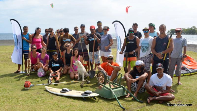 Un nettoyage en bonne et due forme de la plage a été organisé en premier.