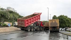 Nouvelle-Calédonie: enlisement du mouvement des transporteurs de nickel