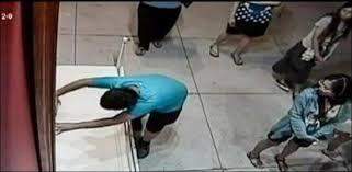 Taïwan : un garçon déchire accidentellement une toile de 1,3 million d'euros