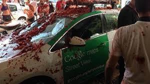 Espagne: Google Street View s'enlise dans la Tomatina