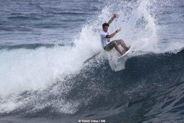 Taumata Puhetini est le premier surfeur à avoir remporté trois fois les Trials