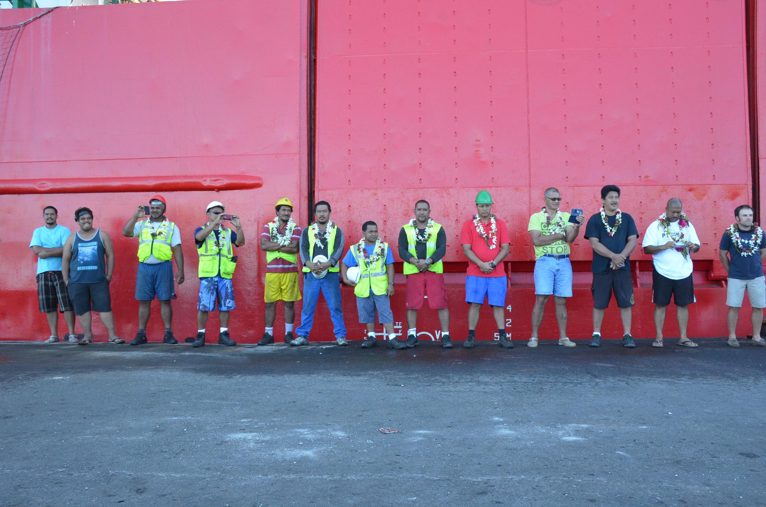 L'équipage au complet- arrivée à Tikehau