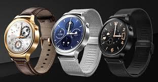 Les montres connectées en quête de leur public arrondissent les angles