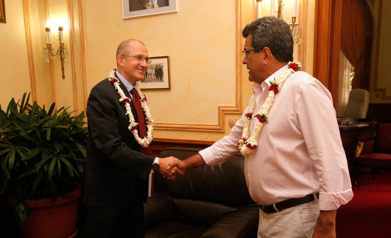 Le Président reçoit le nouvel administrateur d'Etat des Tuamotu Gambier