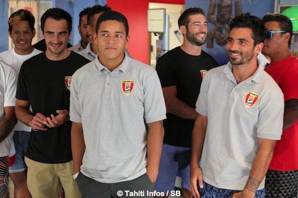 Une sélection de Tahiti renforcée avec des joueurs évoluant en métropole, Makalea Foliaki, au centre, joue à Pirae