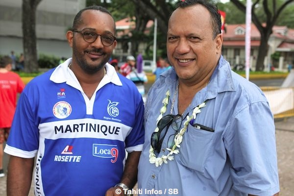 Michel Marron du team Martinique et Teva Bernadino, président de la FTC