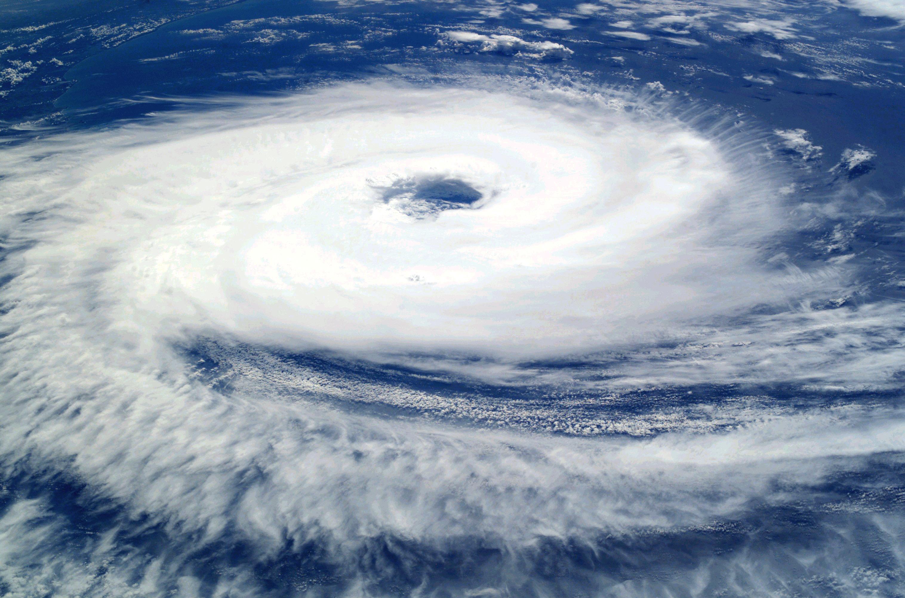 Pourquoi parle-ton beaucoup de cyclones cette année?