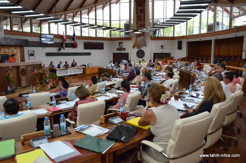 Deux projets de loi sur les avantages en nature bloqués par une alliance UPLD/Tahoera'a