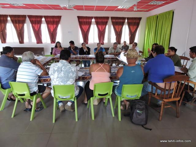 Les membres du comité de gestion de la vallée de la Maroto se sont réunis ce lundi matin au complexe de Papenoo.