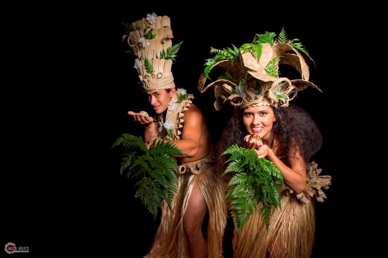 Dans son nouveau spectacle, la troupe Manahau invite les Polynésiens à se réapproprier leur langue.