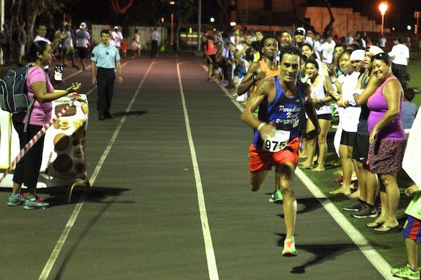 Un finish au sprint remporté par teiva Izal