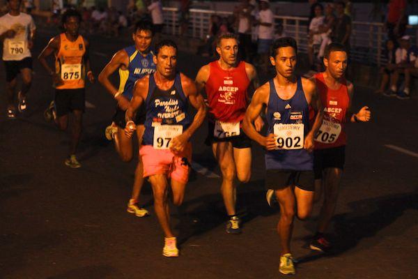 Cédric Wane a mené la course avant de se faire dépasser. Il remporte malgré tout le 5km devant 700 inscrits.