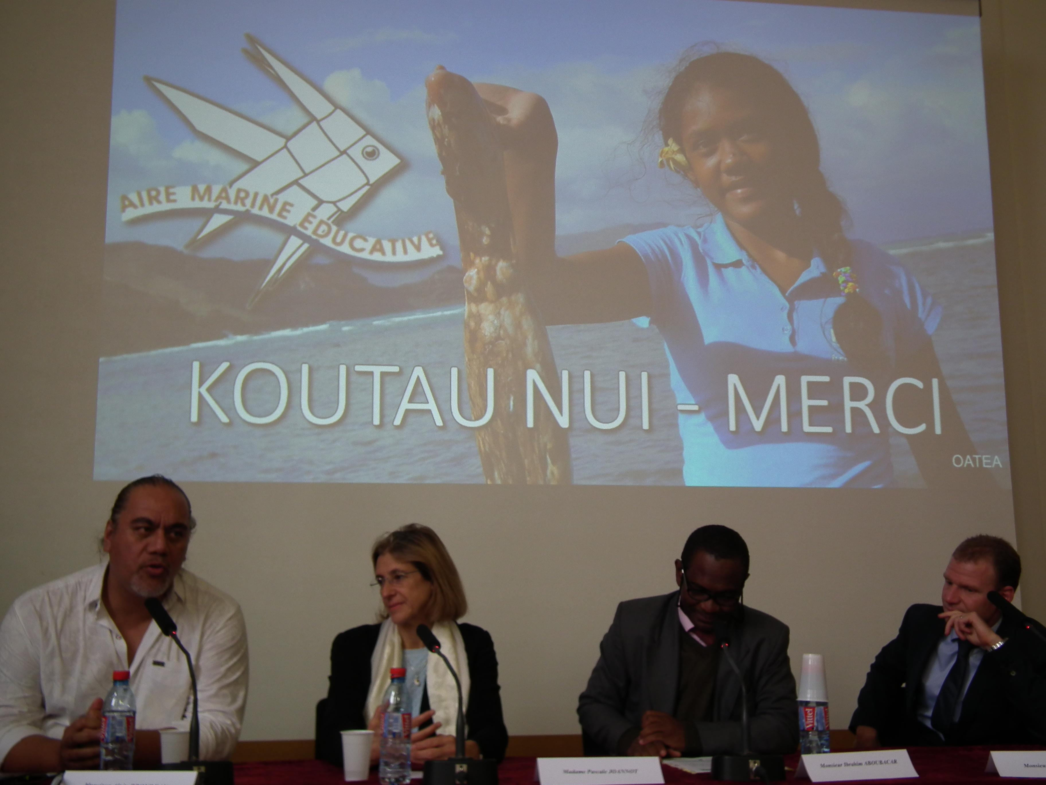 L'aire marine éducative de Tahuata, présentée par Pascal Ehrel, a été citée en exemple lors du colloque sur les outre-mer et les changements climatiques.