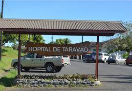 La victime, 20 ans, a été transportée à l'hôpital de Taravao.